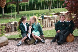 Children in outdoor classroom (Small)